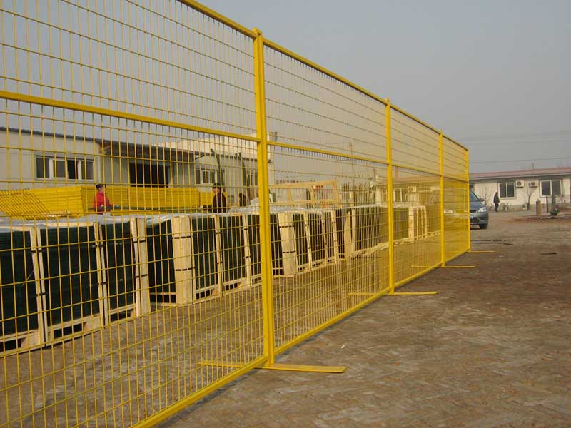 Surface treatment of the Canada Temporary Fence